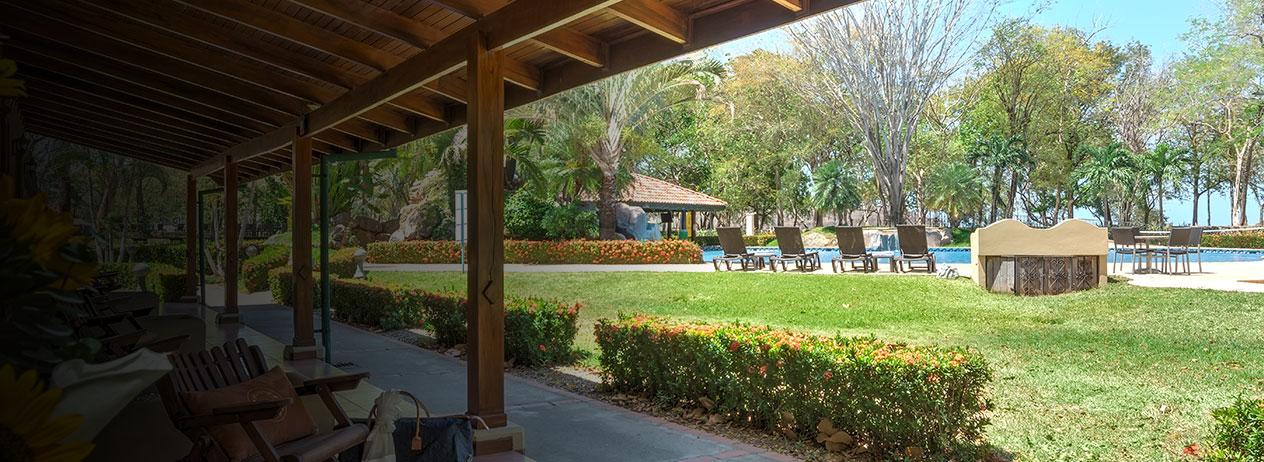 Casa Conde Beach Front Hotel con Viajes BAC Credomatic